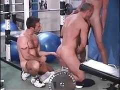 Three turned on toned men enjoy nice group oral.